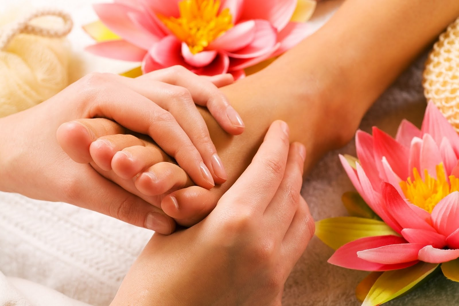 Why is Thai Yoga Massage So Beneficial for Your Health and Well-being?